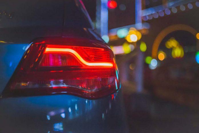 Maintenir une voiture à l'arrêt pendant une longue période