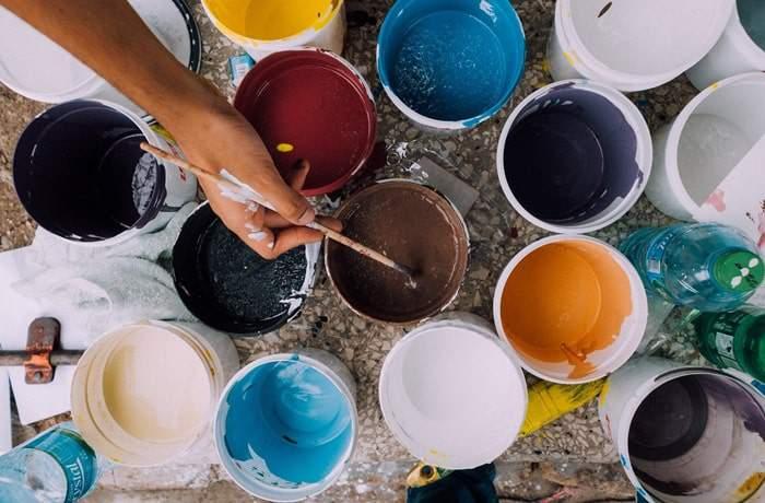 Adapter la peinture du salon à la pièce