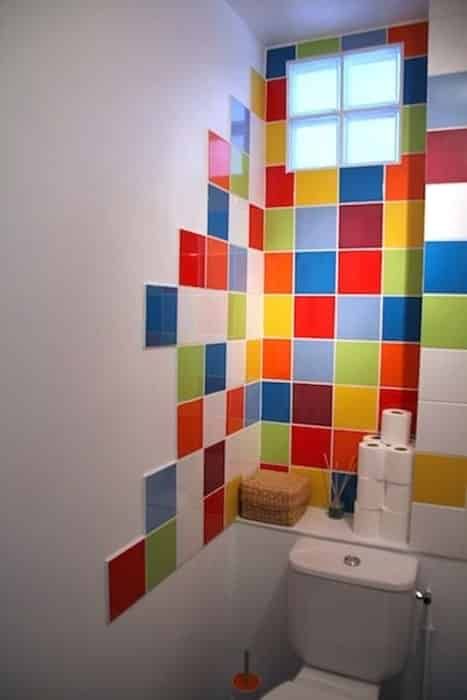 Déco toilette arc-en-ciel