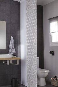Délimiter les espaces wc - salle de bains