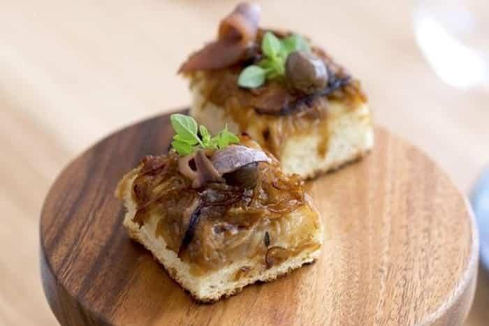 Spécialités culinaires de Nice - Pissaladière