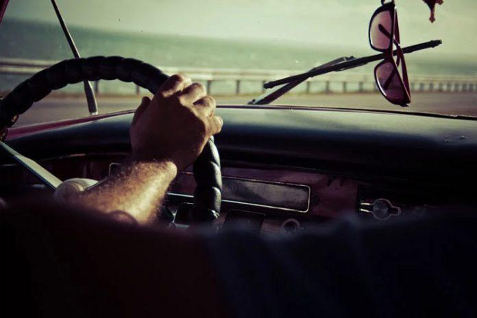 Comment changer le Pare-brise d'une voiture