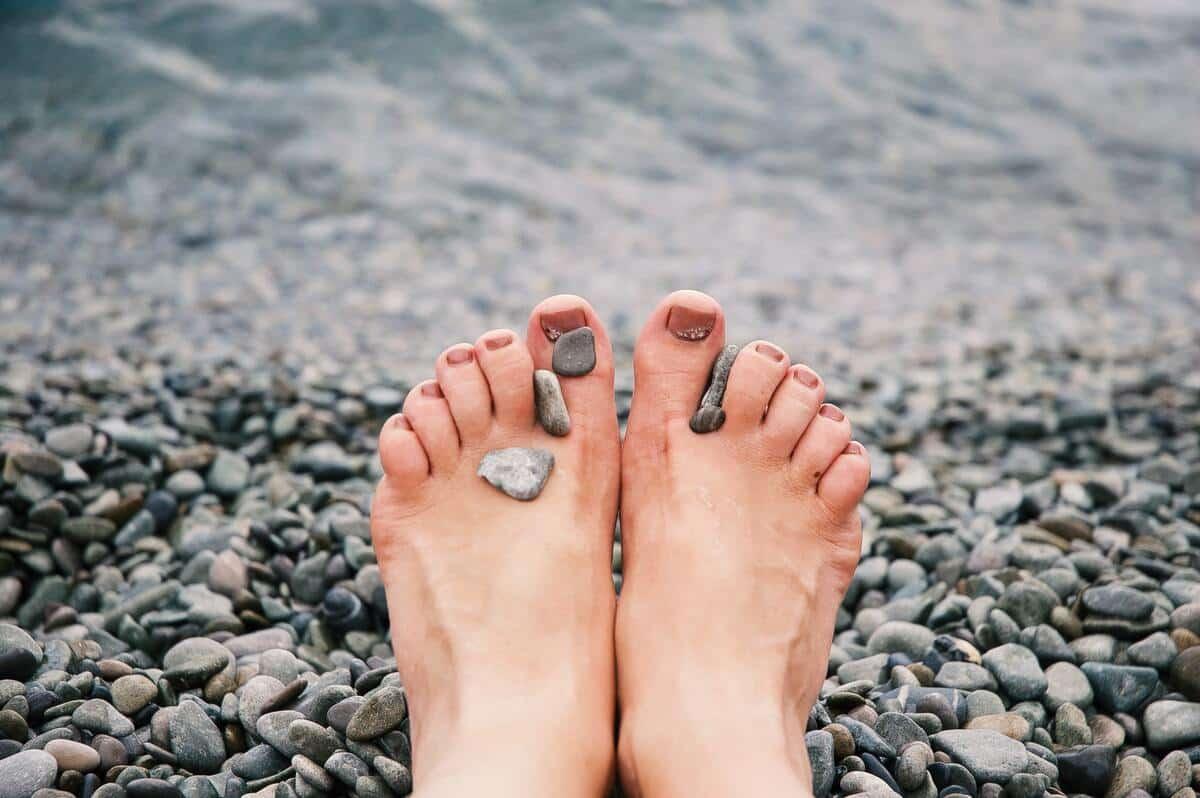 Transpiration-des-pieds-remedes-aerez