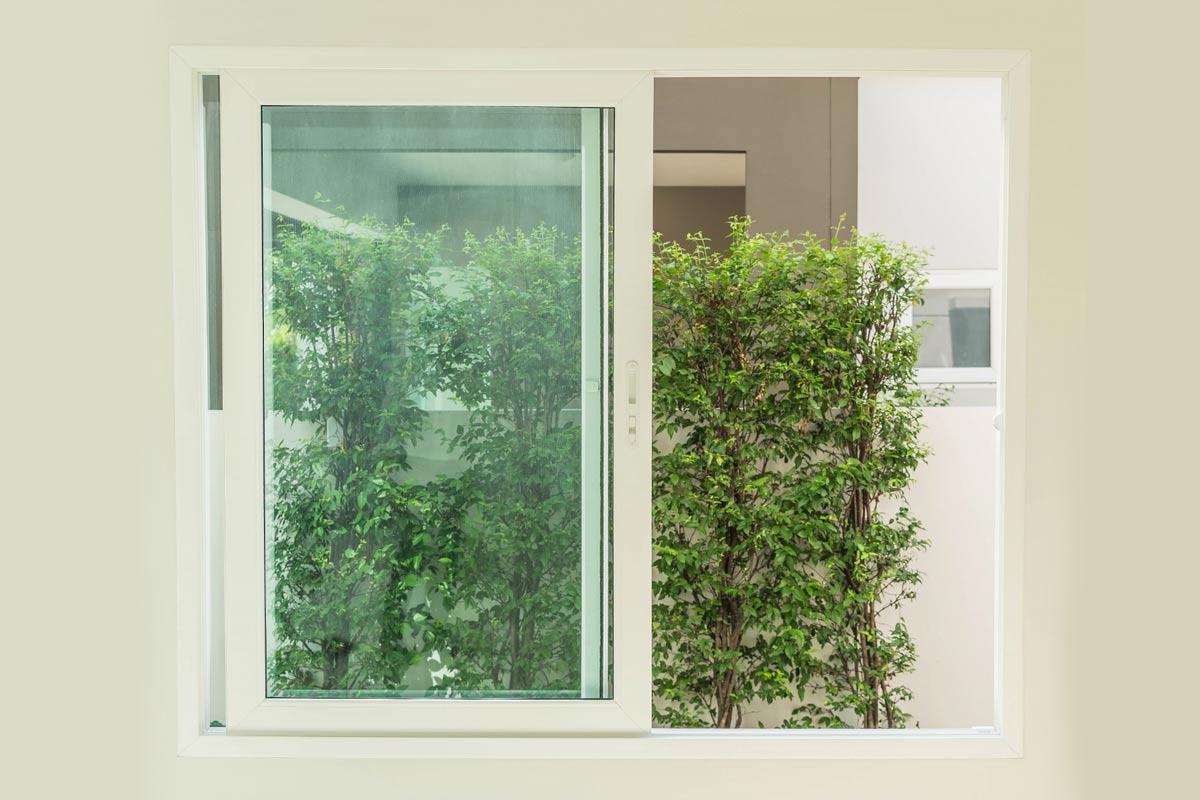 Fenêtres coulissantes : avantages et inconvénients